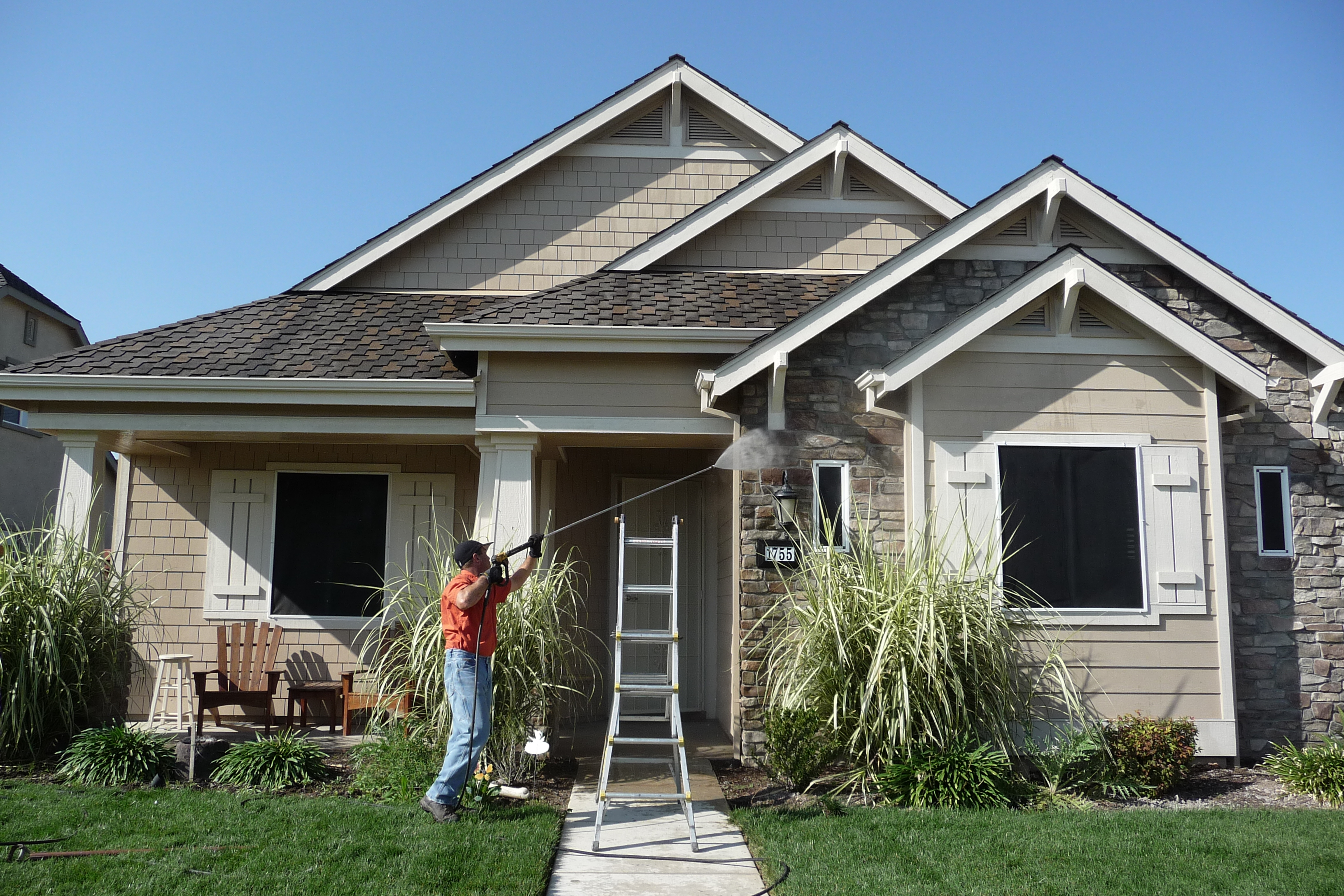 A Crystal Clear Vision Window Cleaning Modesto Manteca